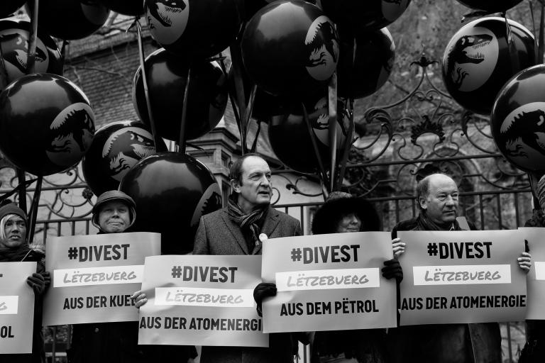 Divest (1 of 1)